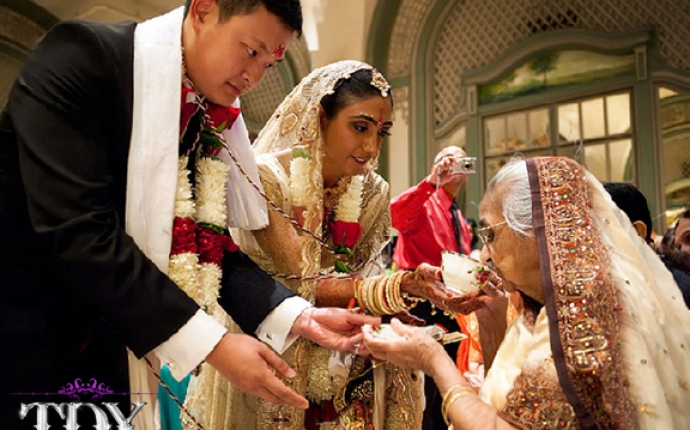 8-TDX-Fusion-Chinese-Gujarati-Wedding-5
